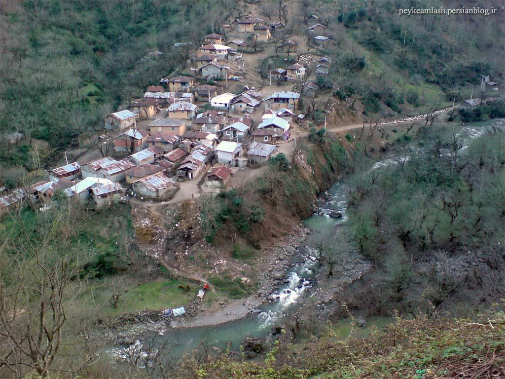 http://www.4iranian.com/uploads/Amlash-hoseinabad_4974.jpg